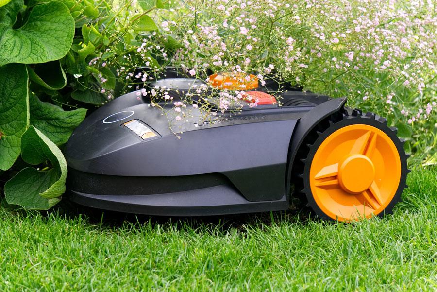 Mähroboter - nützlicher Gartenhelfer